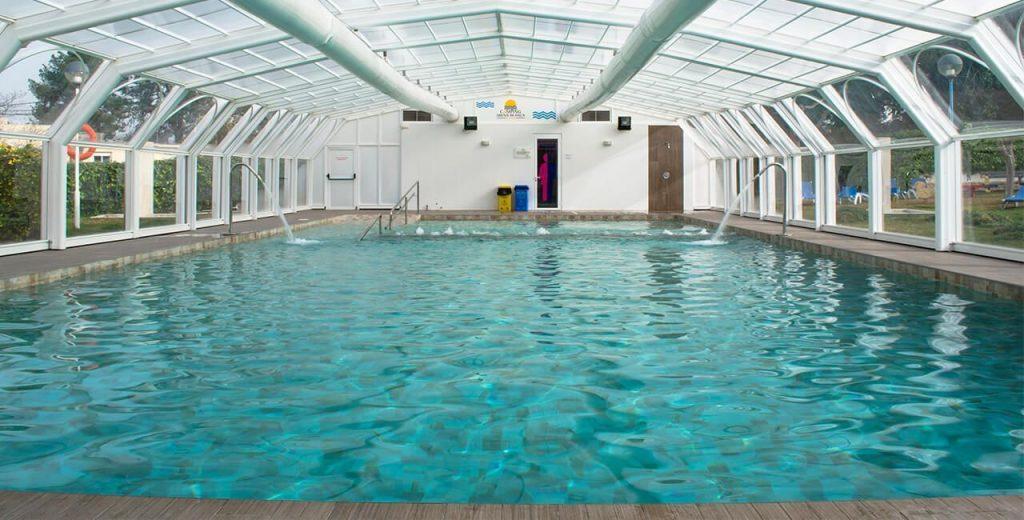 Camping para ni os arena blanca blog for Camping con piscina climatizada