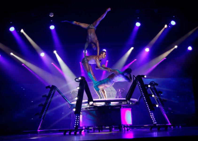 Show acrobacias Benidorm Palace