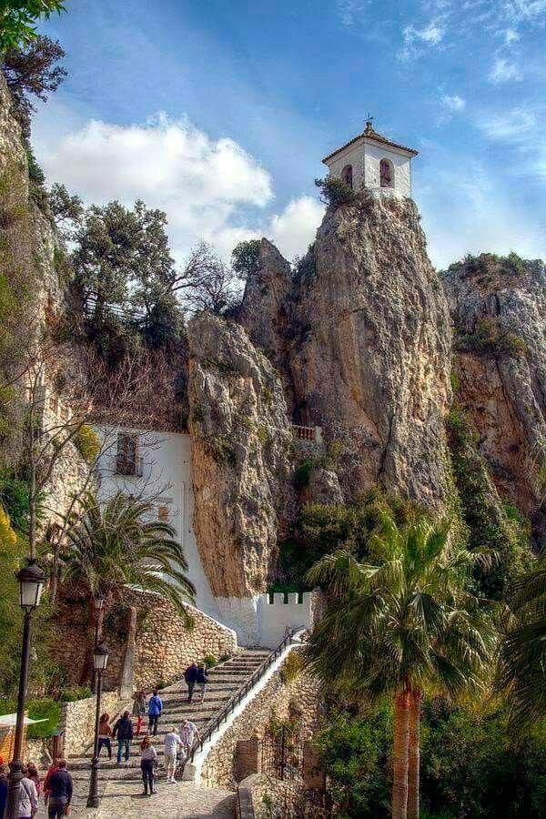 La entrada a Guadalest