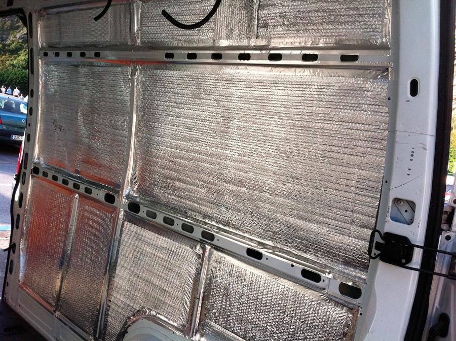 Aislamiento interior de la furgoneta